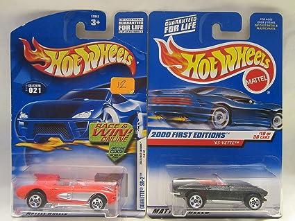 Hot Wheels 2002-067 65 Corvette 1:64 Scale Mattel