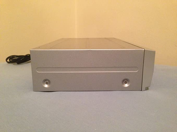 MAGNAVOX DVD Recorder With VCR ZV420MW8