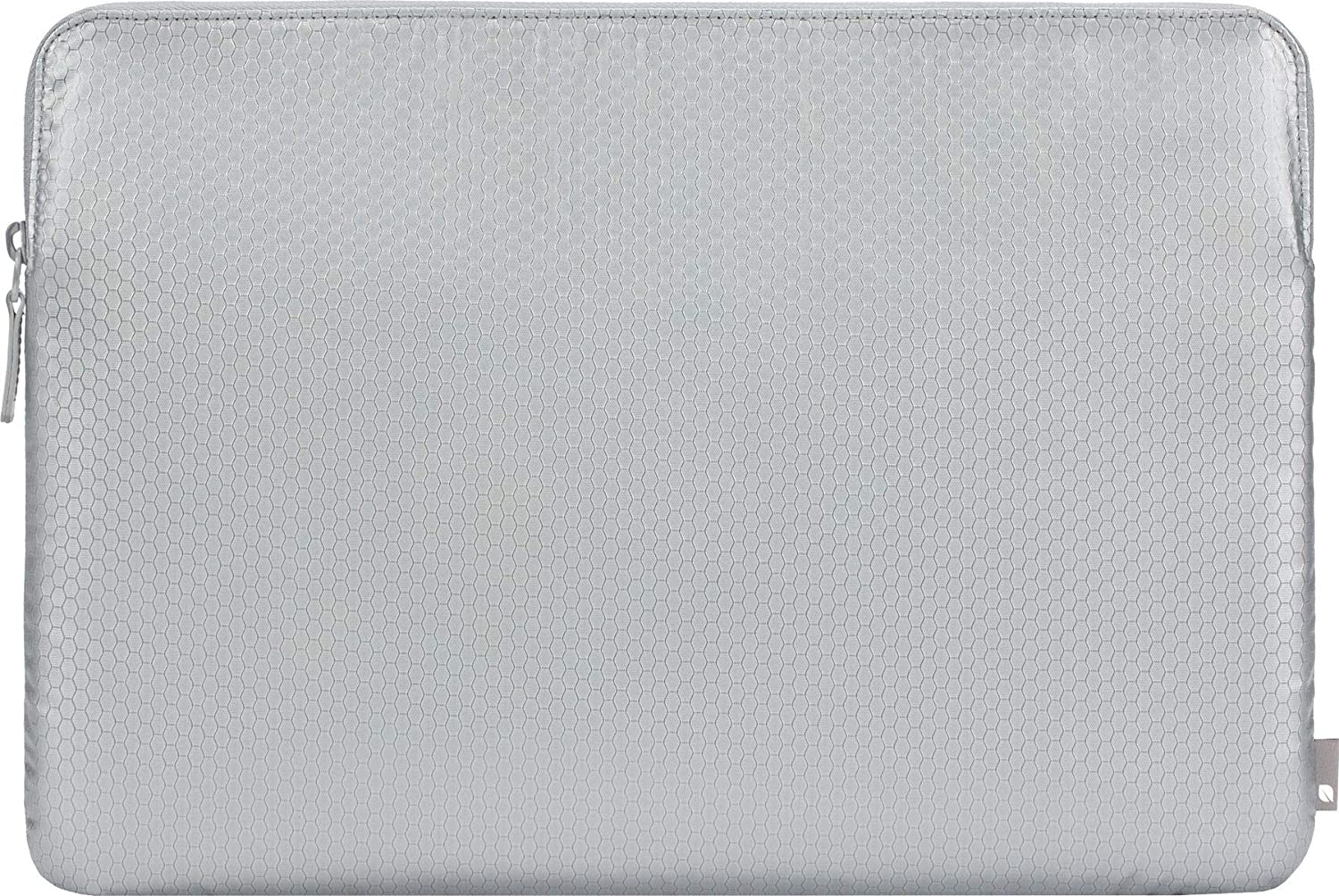 Incase Slim Sleeve Case for Apple MacBook Pro (Retina) 15.4 Inch / Pro 15.4 Inch (2016 - 2019) / Pro 16 Inch (Honeycomb Ripstop, 3 mm Thick Faux Fur Interior, Zip), Silver
