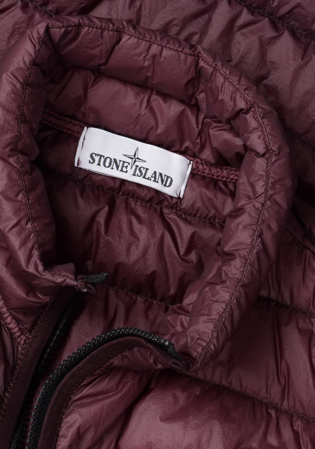 0c79602f2c268 Stone Island- Mens G0124 Garment Dyed Micro Yarn Down Packable Gilet in  Burgundy  Amazon.co.uk  Clothing