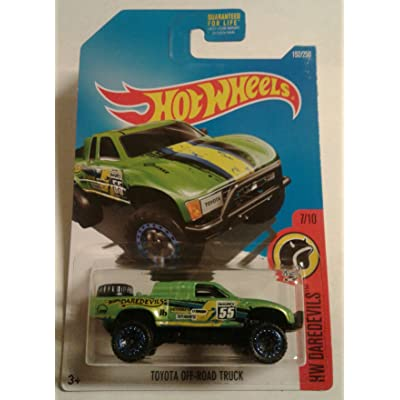 Hot Wheels 2016 HW Daredevils Toyota Off-Road Truck 152/250, Green: Toys & Games