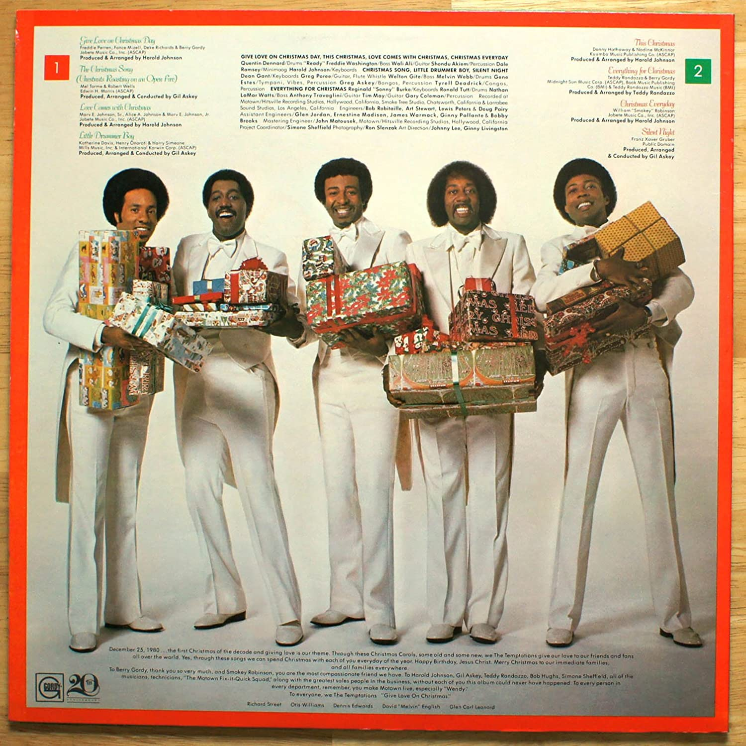 The Temptations - Give Love at Christmas - Amazon.com Music
