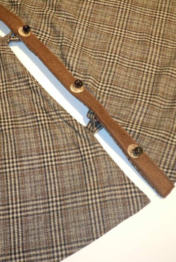 d Stevens Brown Wood Plaid Christmas Tree Skirt , 54'' Wide