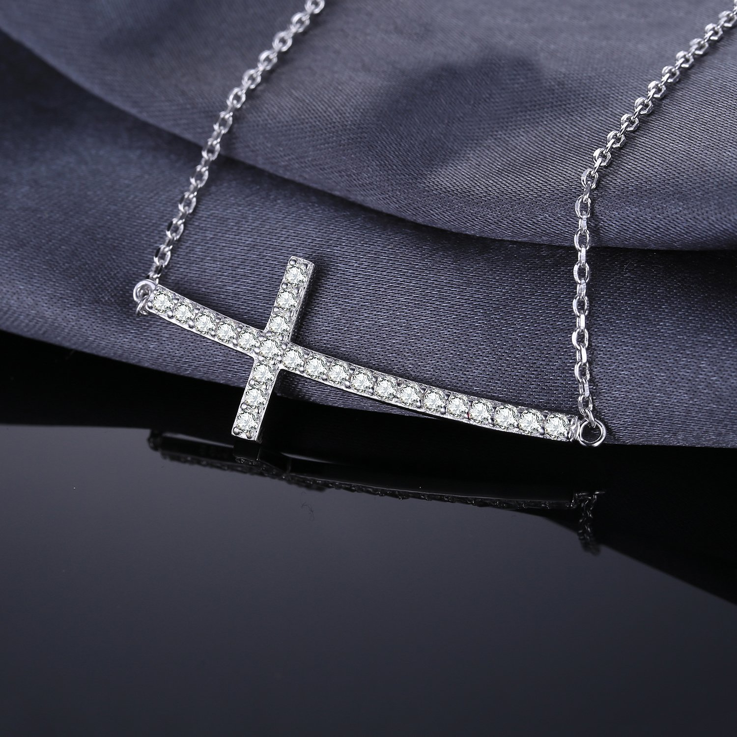 JewelryPalace Cross 0.9ct Cubic Zirconia Necklace 925 Sterling Silver