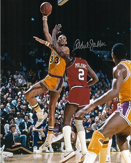 Kareem Abdul-Jabbar Los Angeles Lakers Autographed 16 quot  x 20 quot  vs.  Malone 44f3adfa2