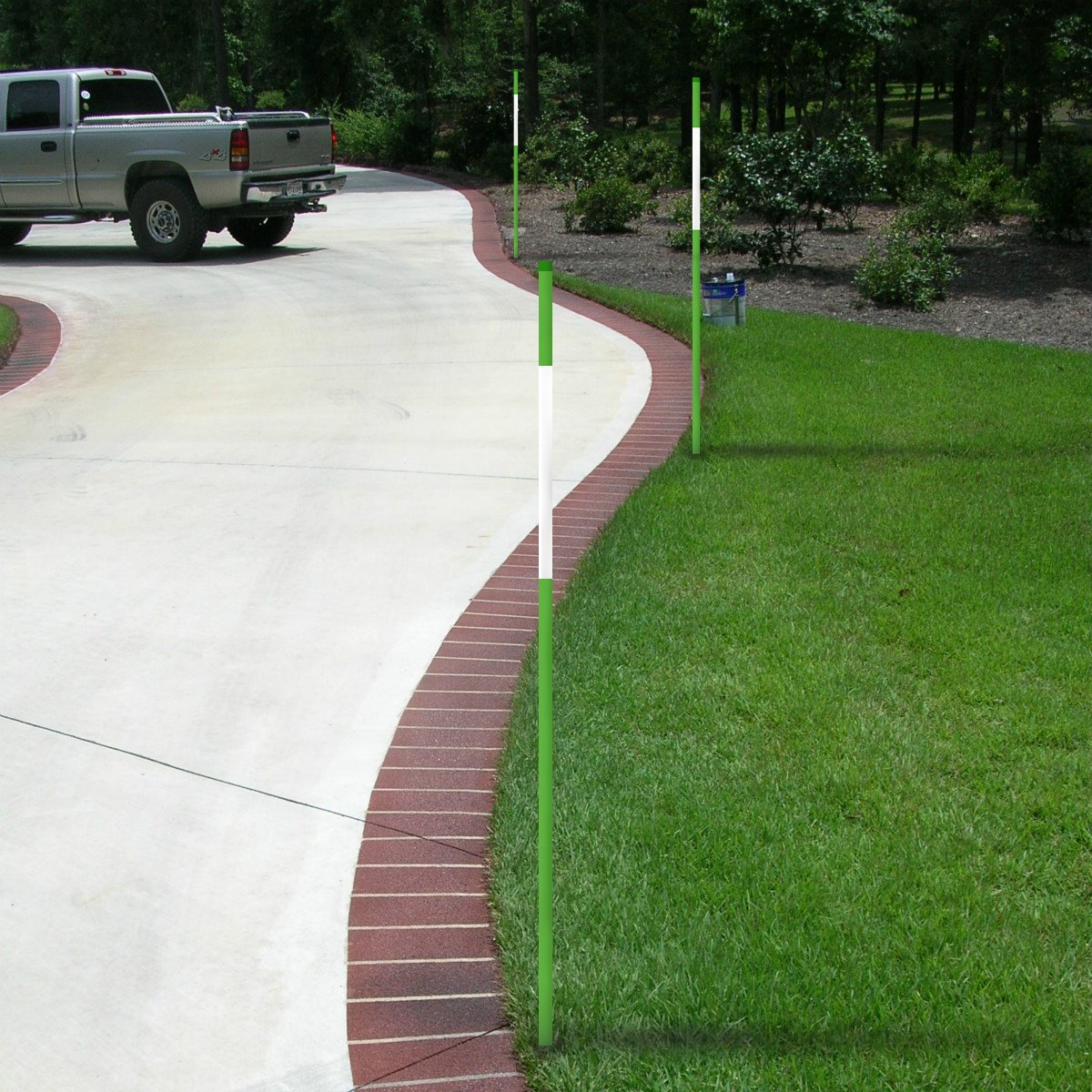 Fibermarker 60Inch Reflective Driveway Markers 5/16Inch Green Solid Driveway Poles for Easy Visibility at Night (100) by FiberMarker (Image #2)