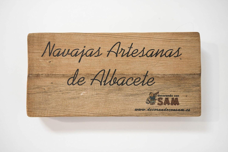 Navaja de Albacete Hecha a Mano Modelo Teja Olivo y Aluminio Grande Sam, Incluye Estuche de Madera, Hoja de 8,5cm. Incluye Imán de Madera ...