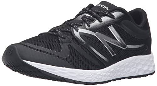 New Balance Women's 822v3 Training Shoe, Black/Silver, 5.5 B US
