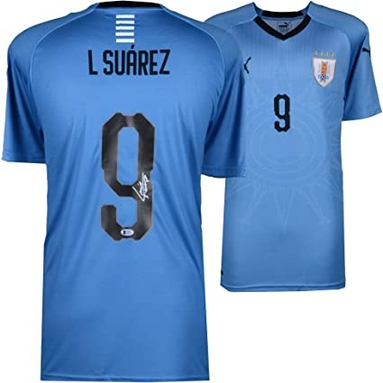 d128ff907 Luis Suarez Uruguay Autographed Puma Jersey - Fanatics Authentic Certified  - Autographed Soccer Jerseys at Amazon s Sports Collectibles Store