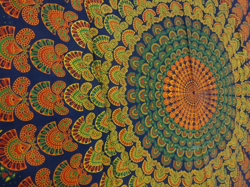 Handicrunch Psychedelic Mandala Art, Hippie Tapestry wall Hanging, Bohemian Indian Tapestries, Multi Color Bedspread, Picnic Blanket, Beach Throw TS-TP-145
