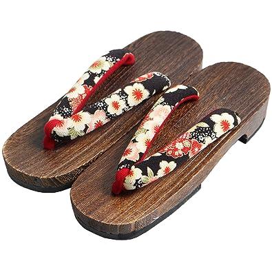 36eca62979f Amazon.com  KOMESICHI Women s Japanese Wooden Geta Sandals Brown  Shoes