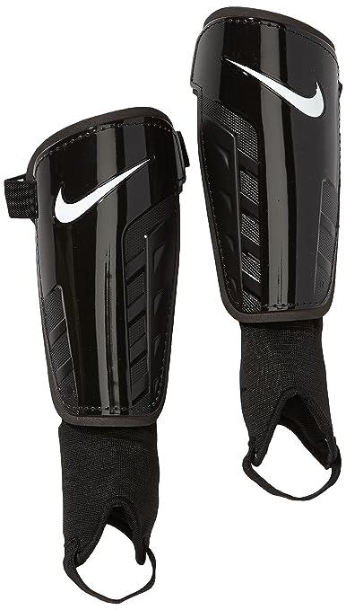 3 opinioni per Nike Park Shield Parastinchi, Nero/Bianco, XL