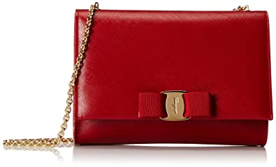 1d9d8554fdfd Amazon.com  Salvatore Ferragamo Vara Bow Clutch Clutch Rosso Tissu Soft One  Size  Clothing
