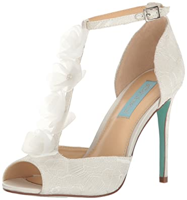 Womens Betsey Johnson Gown Pumps Satin Ivory