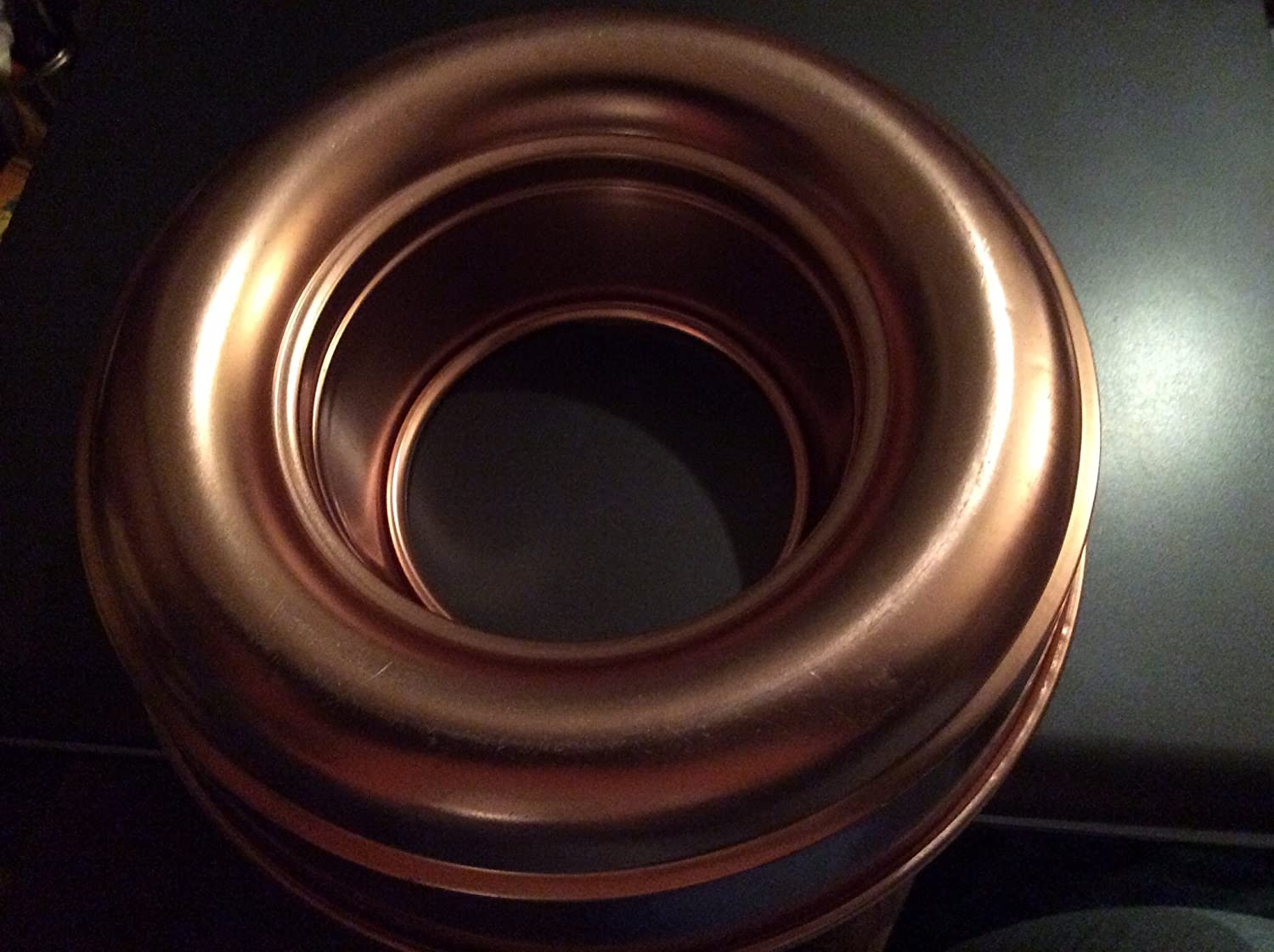 Vintage Coppertone Copper Tone 10 x 2 1/2 Inch Ring Jell-O Mold / Cake Baking Pan unknown