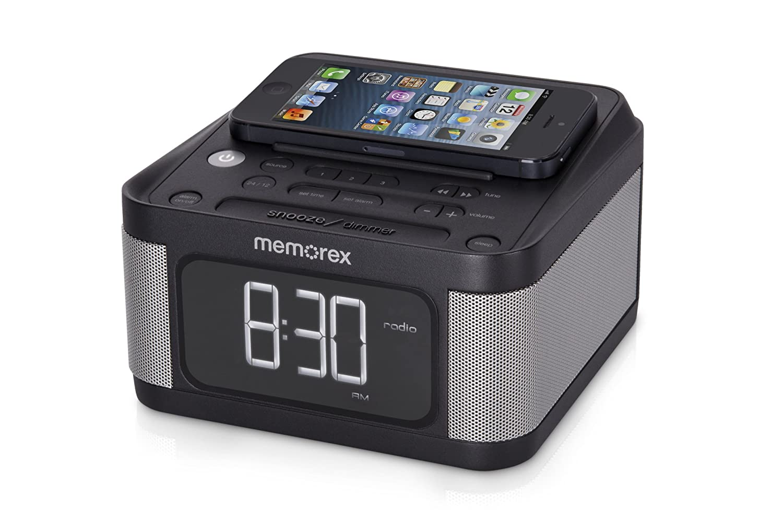 Amazon.com: Memorex carga universal Reloj despertador con ...