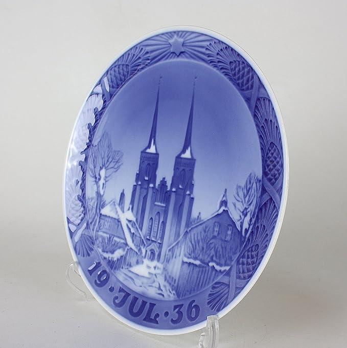 Royal Copenhagen Year plate 1936 - Roskilde Cathedral - Concurrent goods ROYAL COPENHAGEN