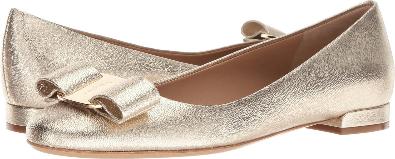 4b3288eec8e Amazon.com  Salvatore Ferragamo Womens Varina 17  Shoes