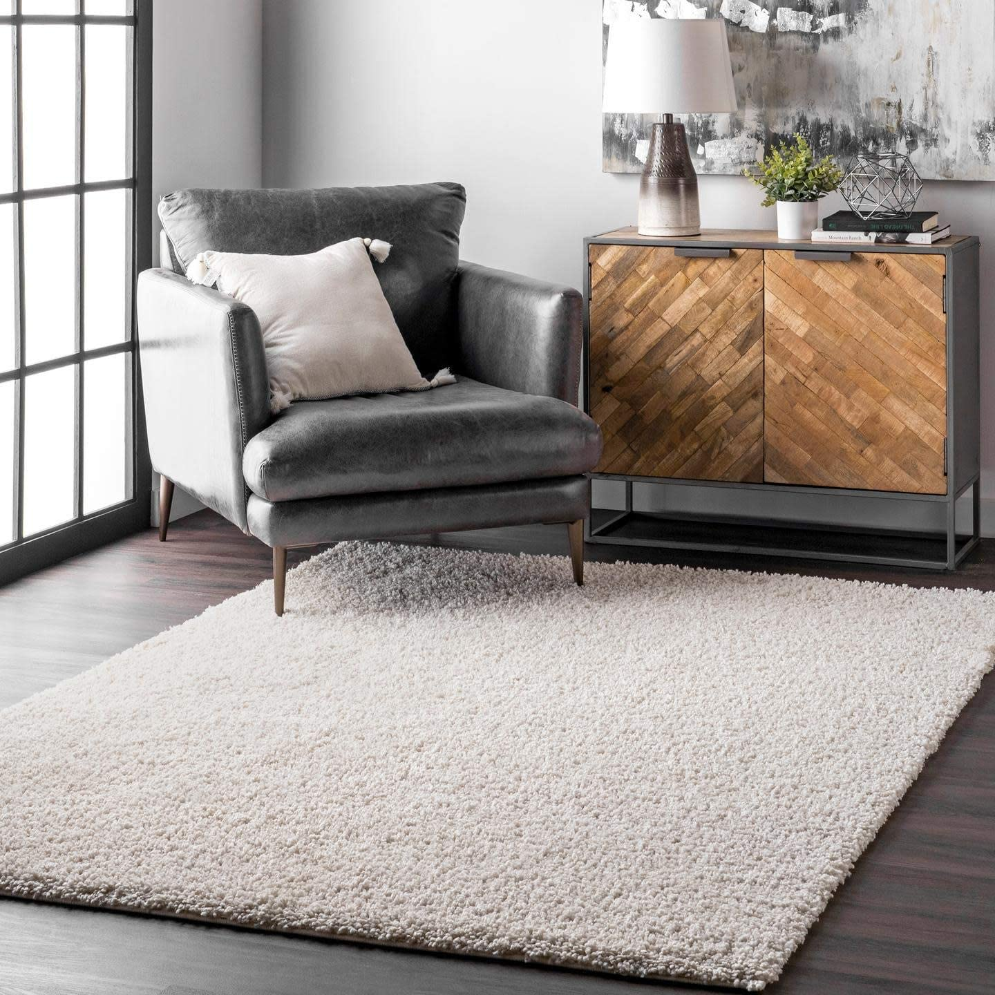 nuLOOM Clare Solid Shag Area Rug - the best living room rug for the money