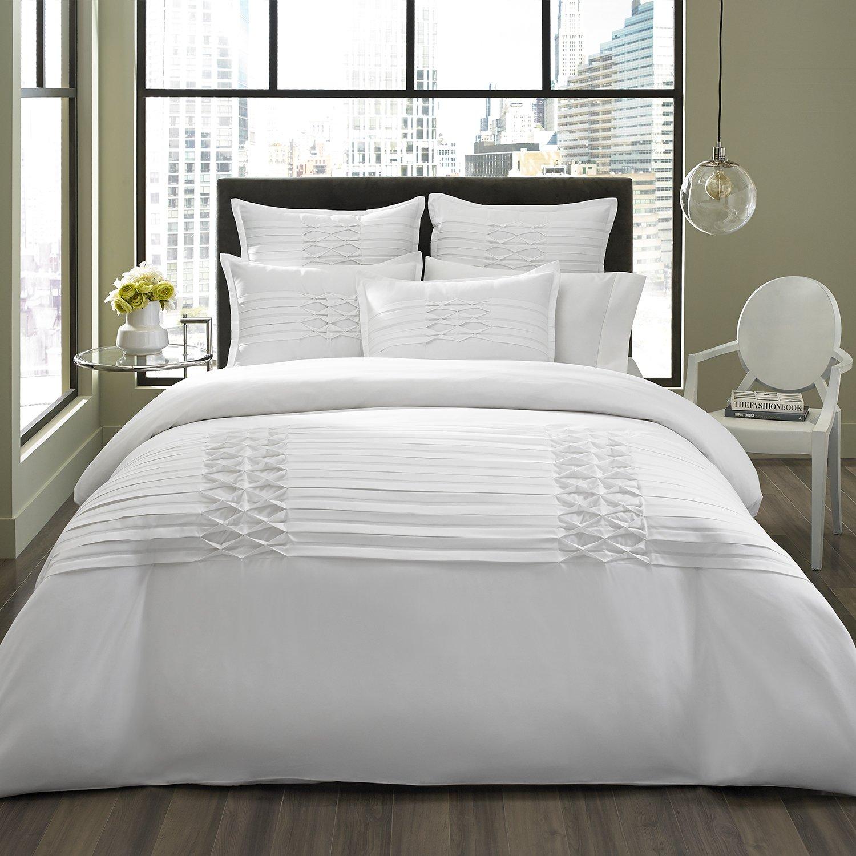 City Scene Triple Diamond White Comforter/Sham Set, White, Full/Queen