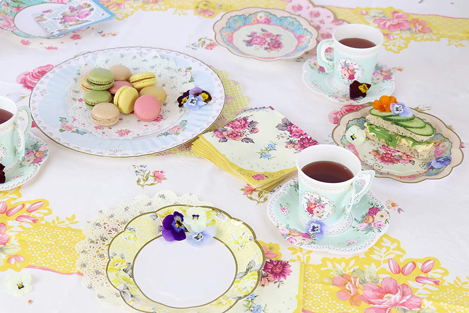 14.6 x 14.2 x 16.2 cm Talking Tables Truly Scrumptious Paper Cup with Handle and Saucers Set Cardboard Multi-Colour