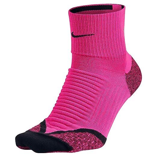Amazon.com   Nike Elite Running Cushion Quarter Socks (4-5.5 ae389b9313