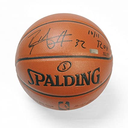 Blake Griffin Autographed Replica Basketball with 10 11 ROY quot   Inscription ~Limited to 32 c351297d2