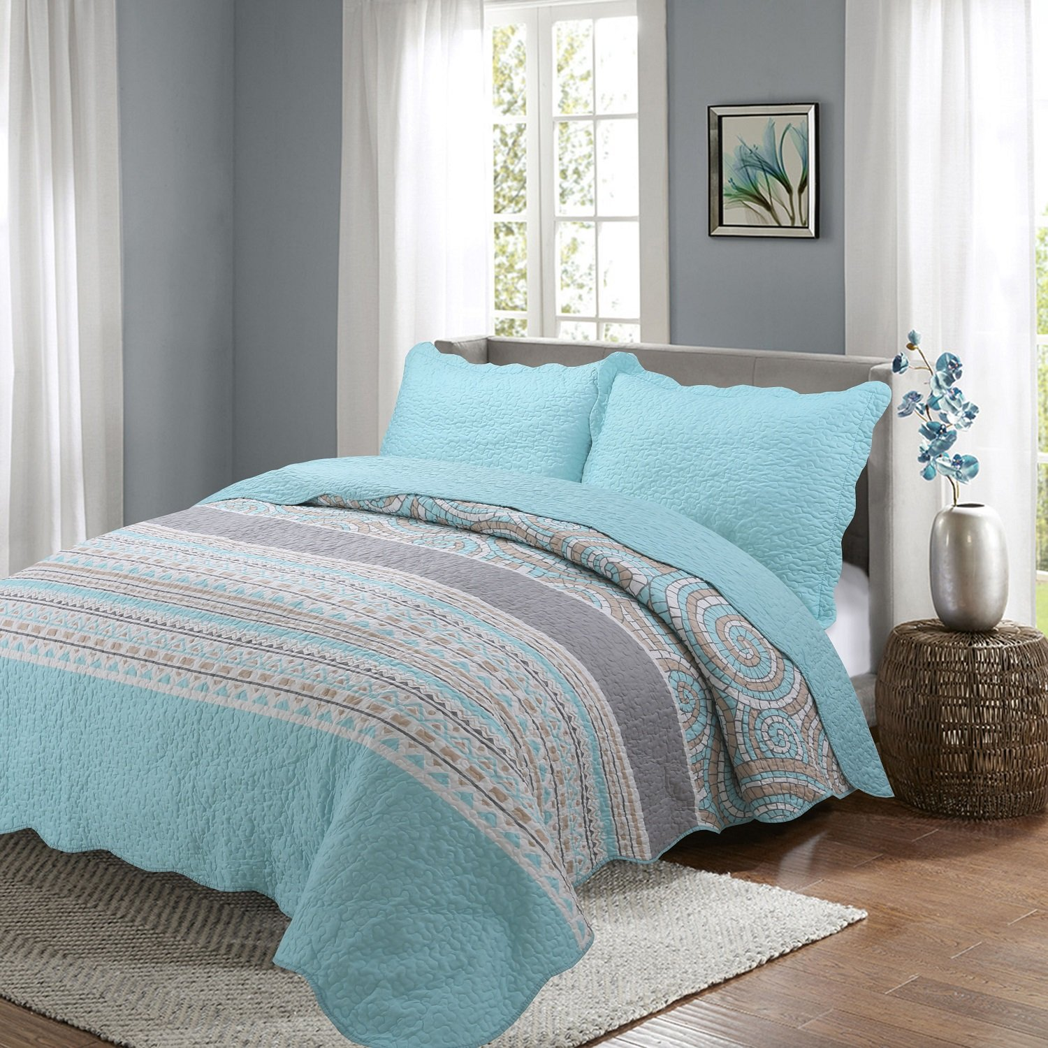 Quilt queen size Sets -3pcs include 2 pillow Shams patchwork Bedspread blanket (Queen:90'' 90'', Lake Blue)