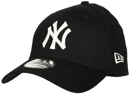 31a2ad35b69 New Era Men s MLB Basic NY Yankees 39Thirty Stretch Back Baseball Cap   Amazon.co.uk  Clothing
