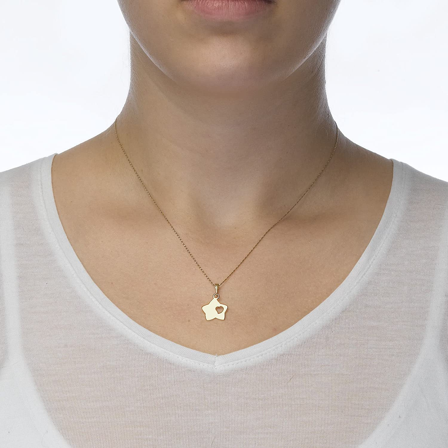 14K Yellow Gold Starry Flower Pendant With Necklace