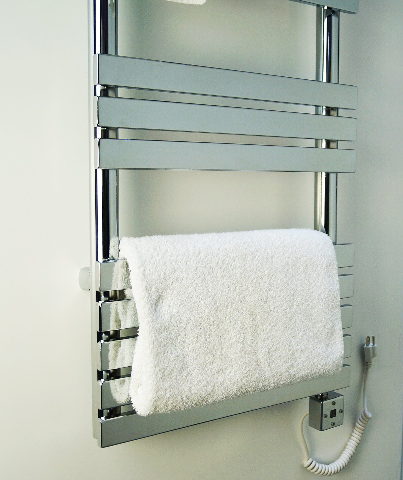 PROFESSIONAL ELECTRIC TOWEL WARMER - 500 WATTS + ROOM HEATER + TIMER PROGRAMMER AND THERMOSTAT. BATHROOM AND KITCHEN. electric towel heater. hanging towel rail. LOW CARBON STEEL. 15 TUBES.