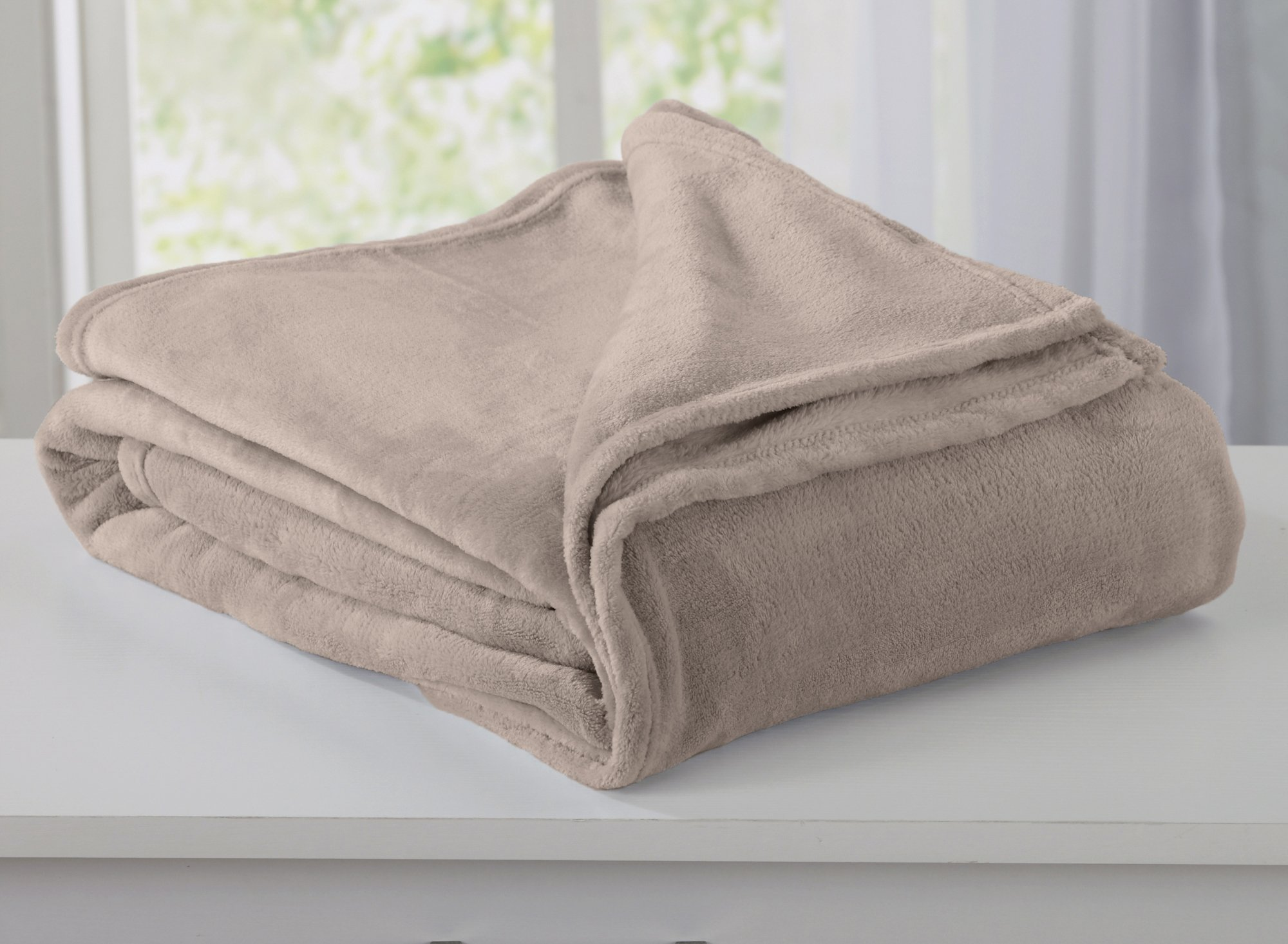 Home Fashion Designs Marlo Collection Ultra Velvet Plush All-Season Super Soft Luxury Bed Blanket. Lightweight and Warm for Ultimate Comfort. By Brand. (Full/Queen, Taupe)