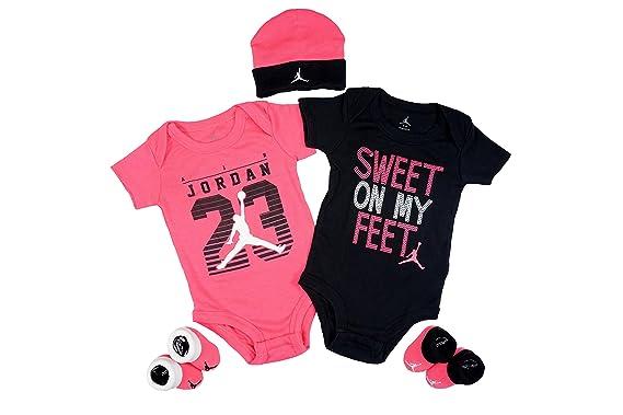 Royaume-Uni disponibilité 9add7 b68fa Set Nike Air Jordan bébé, 5 Pieces (0-6 mois): Amazon.fr ...
