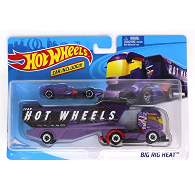 Hot Wheels Big Rig Heat with Detachable Trailer and Car - Purple Team: Toys & Games