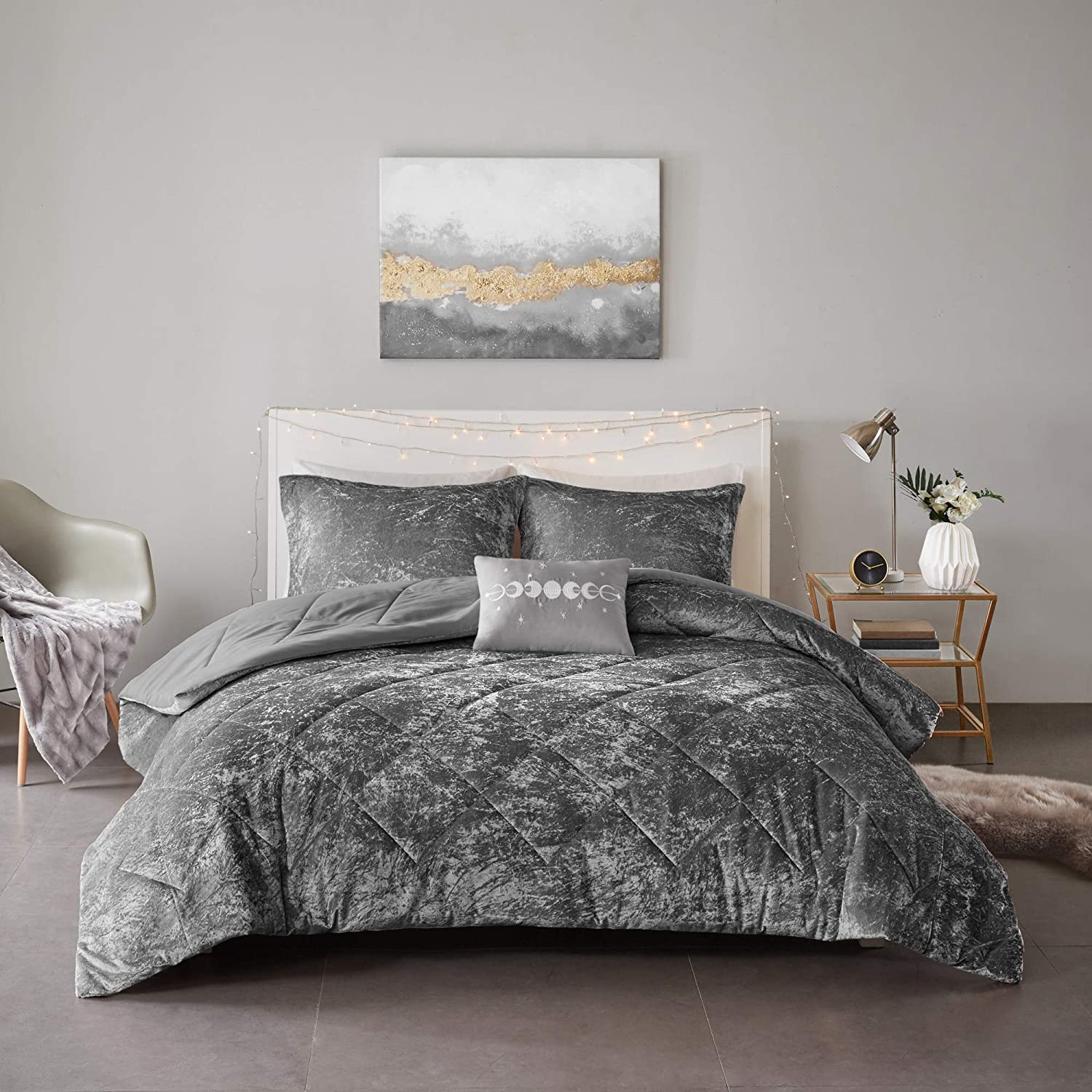 Intelligent Design ID10-1791 Felicia Luxe Comforter Velvet Lush Double Sided Diamond Quilting Modern All Season Bedding Set with Matching Sham, Decorative Pillow, Twin/Twin XL, Grey 3 Piece