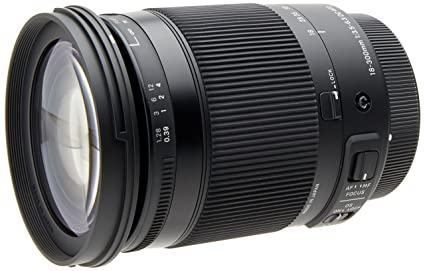 Review Sigma 18-300mm F3.5-6.3 Contemporary