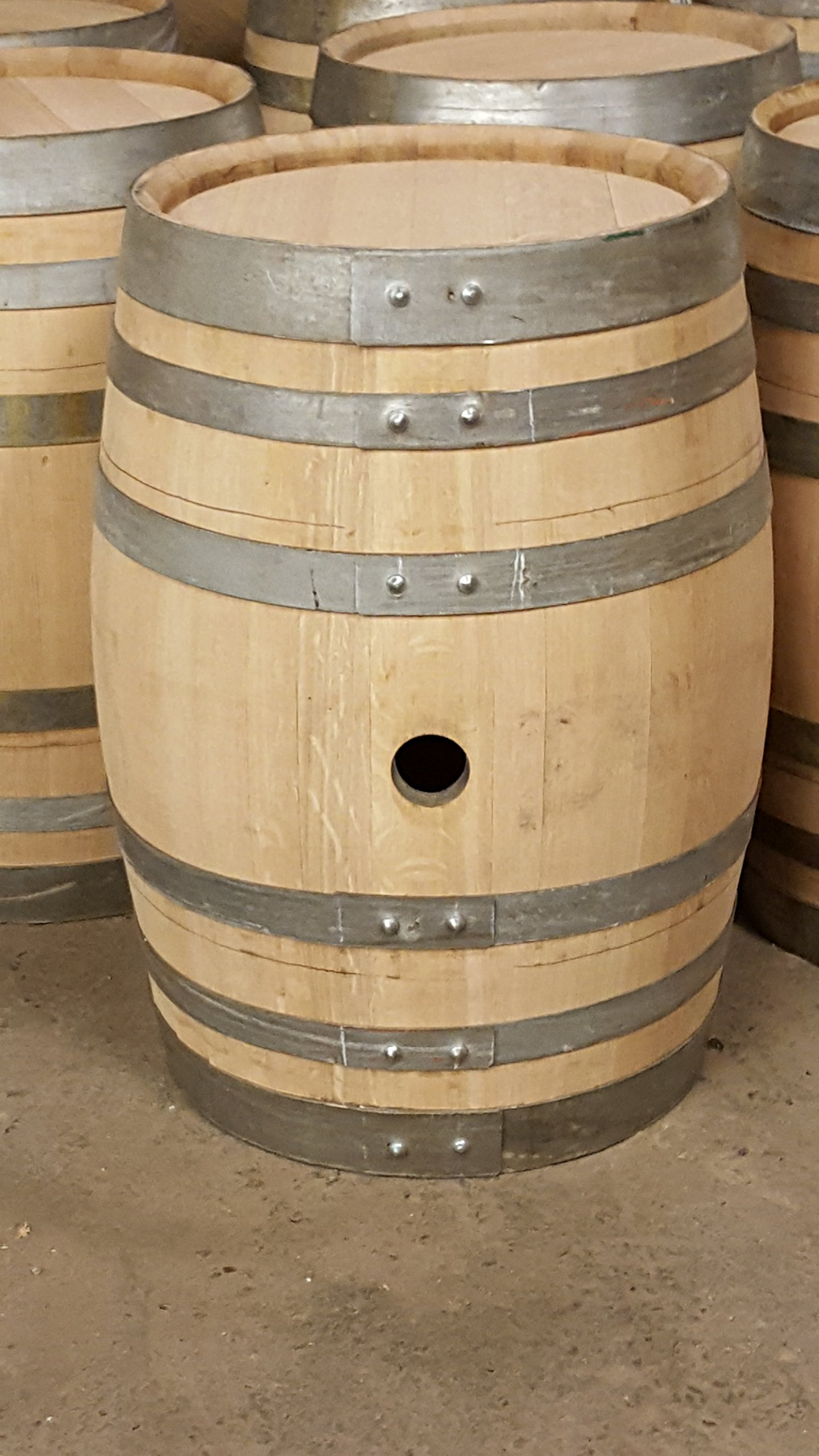 Wine Barrel Creations New 15 Gallon Reusable Oak Wine Barrel Keg