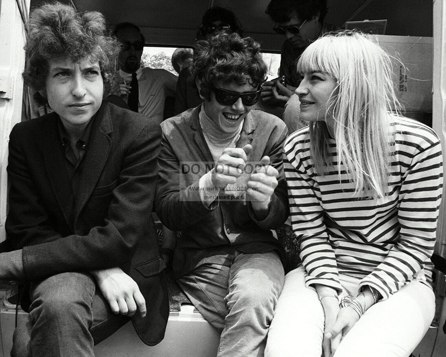 AB-456 Donovan and Mary Travers in 1965-8X10 Publicity Photo bucraft BOB Dylan
