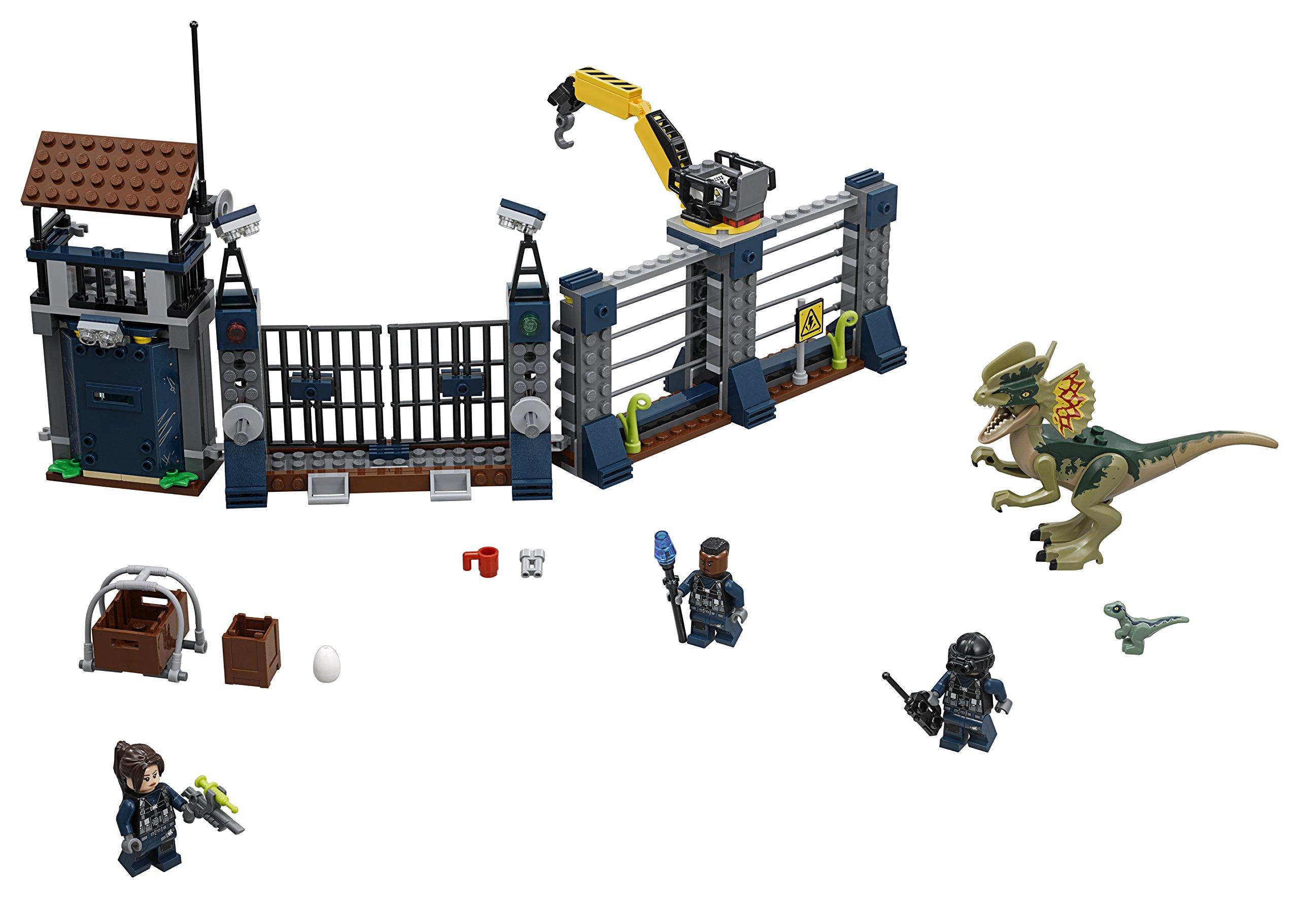 LEGO 75931 Jurassic World Dilophosaurus Outpost Attack Playset, Dinosaur Figures, Build & Play Dinosaur Toys for Kids by LEGO (Image #2)