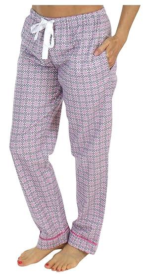 PajamaMania Women s Sleepwear Flannel Pajama PJ Pants at Amazon ... 1bd2ced4964b