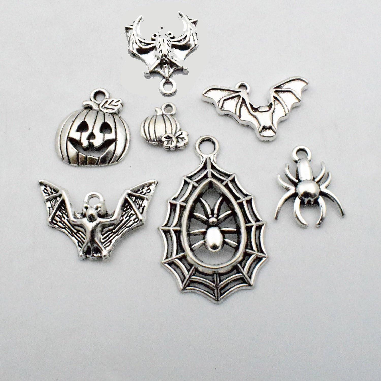 Halloween charm spider pendants. 3PCS--58x50mm Antique silver Spiderweb charms
