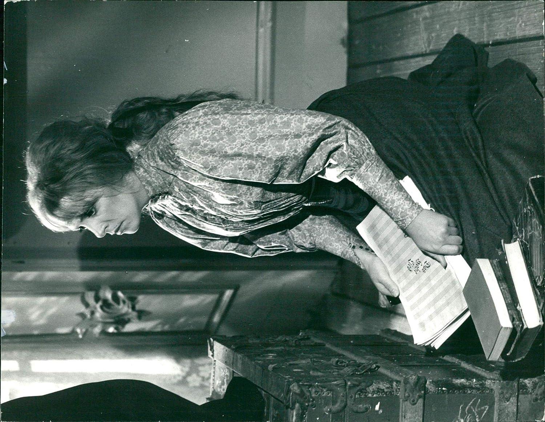 Jean Lodge,Diane Cary Sex pictures Una Damon,Greer Garson (1904?996 (naturalized American citizen)