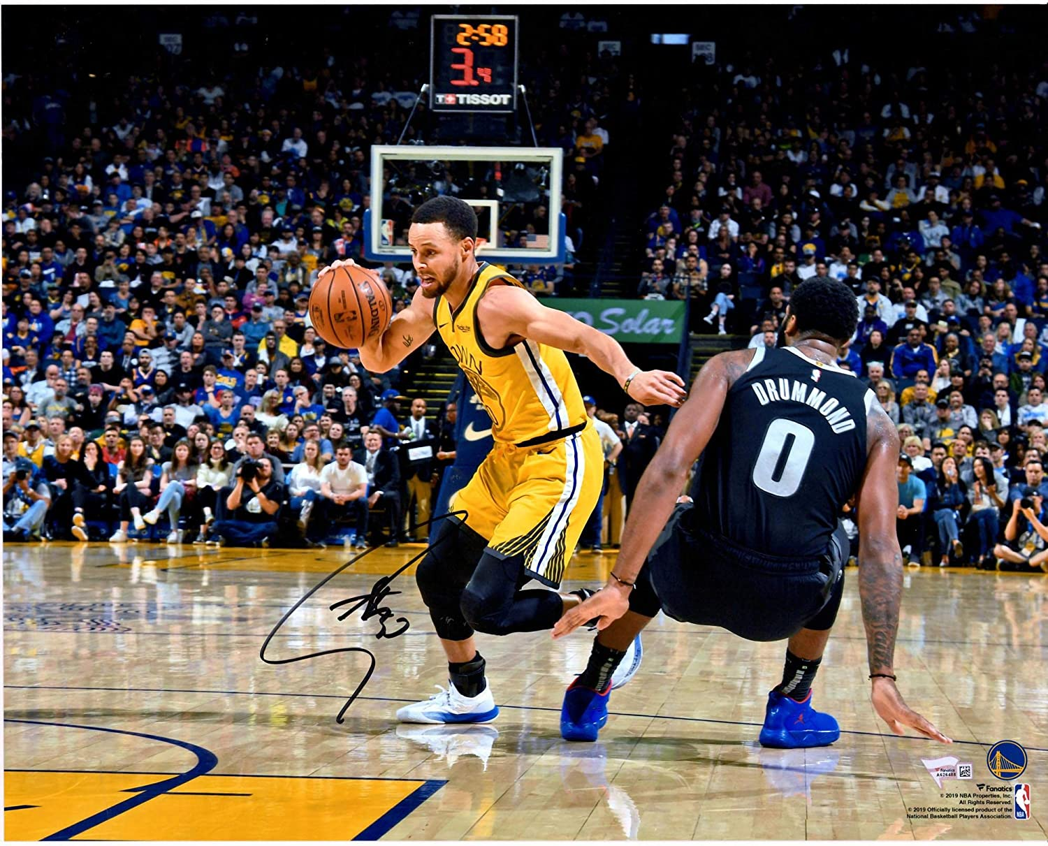 """Stephen Curry Golden State Warriors Autographed 16"""" x 20"""" Dribbling vs. Drummond Photograph - Autographed NBA Photos"""
