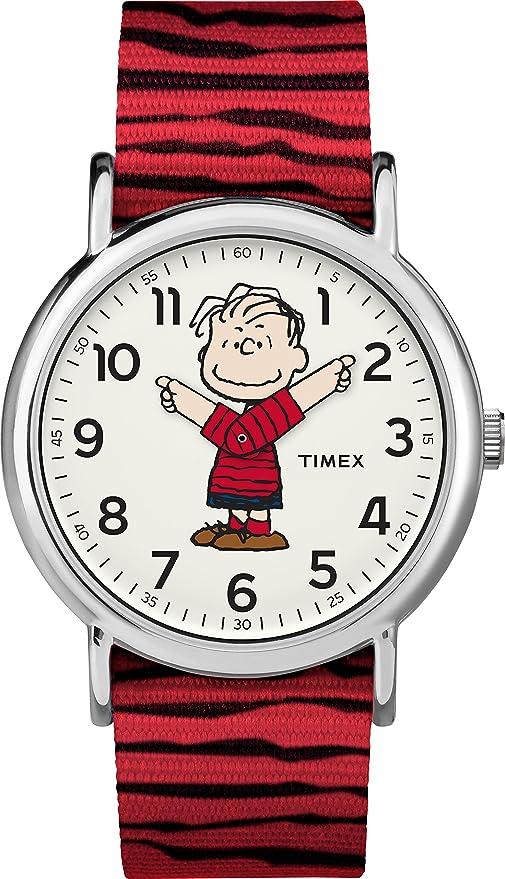 5817c97e5 Amazon.com: Timex Unisex TW2R41200 Weekender x Peanuts: Linus Nylon  Slip-Thru Strap Watch: Watches