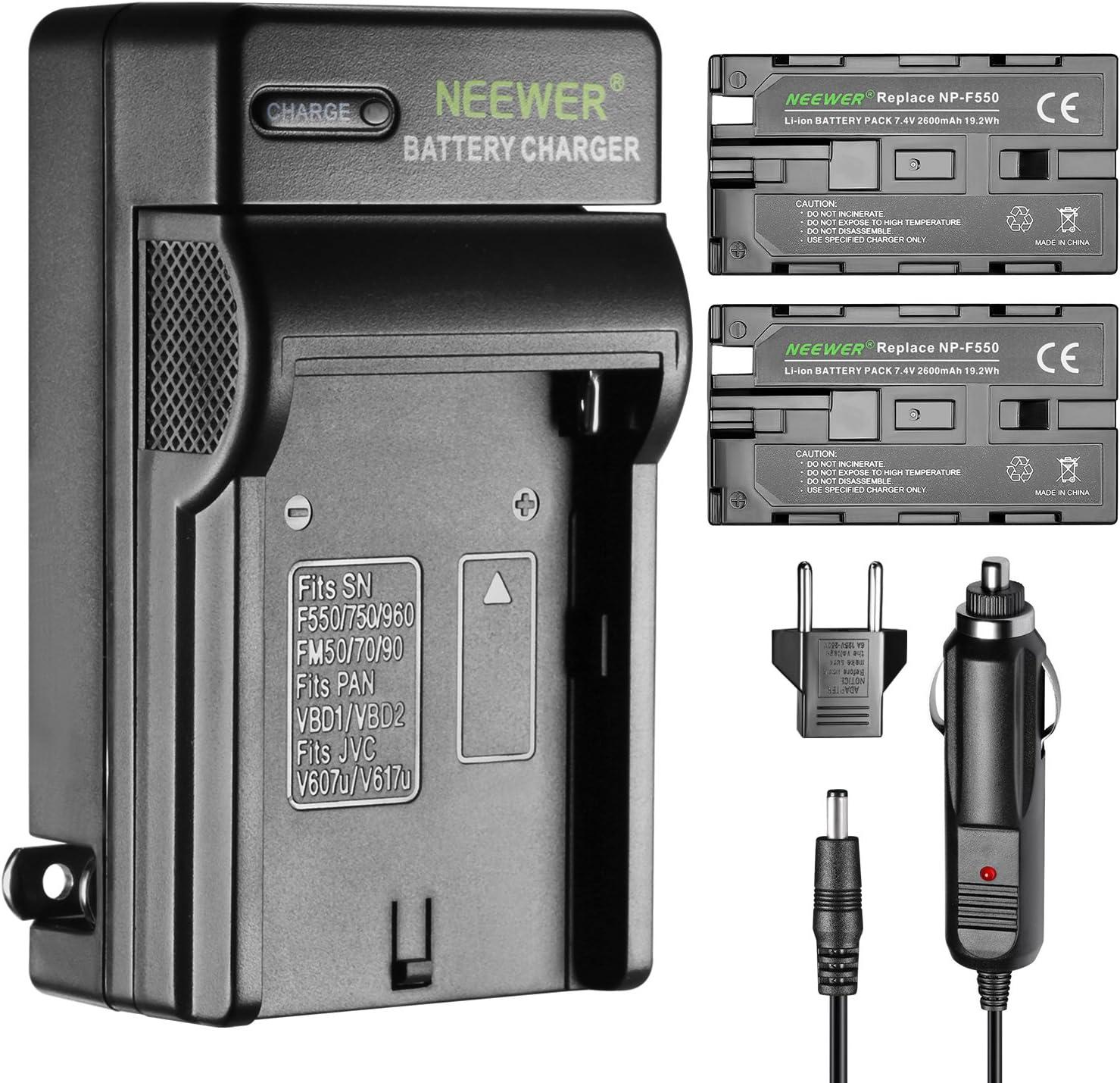 Neewer 2 Piezas 2600mAh Li-ion Batería de Reemplazo para Sony F550,Cargador con Adaptador(UE/EE.)de Coche,para Luz LED CN-160 CN-216,Monitor Campo NW759 etc.