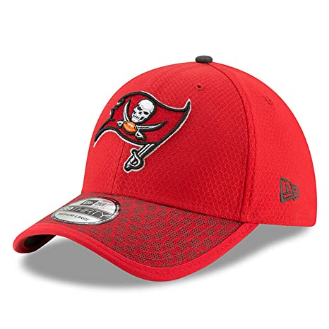 167218fc New Era Tampa Bay Buccaneers 2017 NFL On Field 39THIRTY Cap