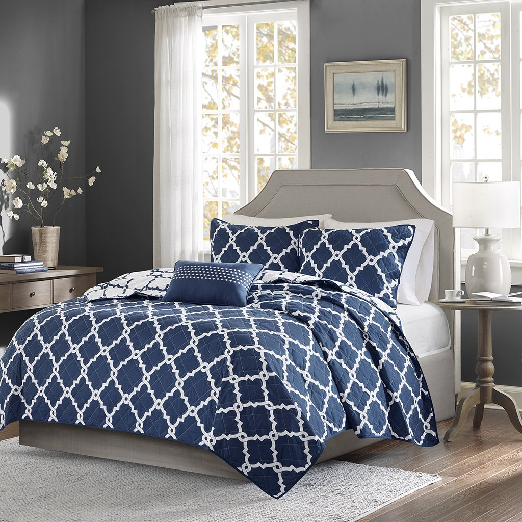 Madison Park Essentials Merritt Full/Queen Size Quilt Bedding Set - Navy, Geometric – 4 Piece Bedding Quilt Coverlets – Ultra Soft Microfiber Bed Quilts Quilted Coverlet