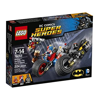 LEGO Super Heroes Batman: Gotham City Cycle Chase 76053: Toys & Games