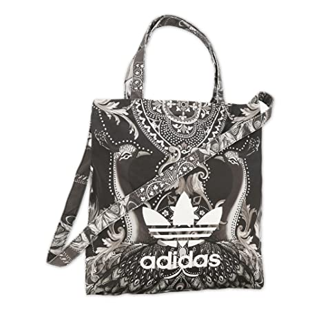 f0e9436f56 adidas Originals Pavao Tricot Shopper Bag  Amazon.ca  Luggage   Bags