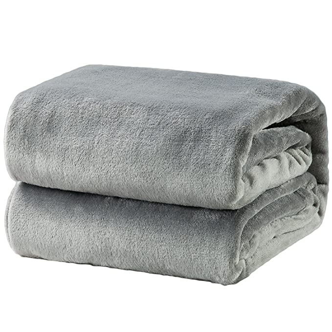 Bedsure Fleece Soft Cozy Luxury Bed Blanket - Super Plush Yet Cooling